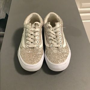Like new sparkley vans.